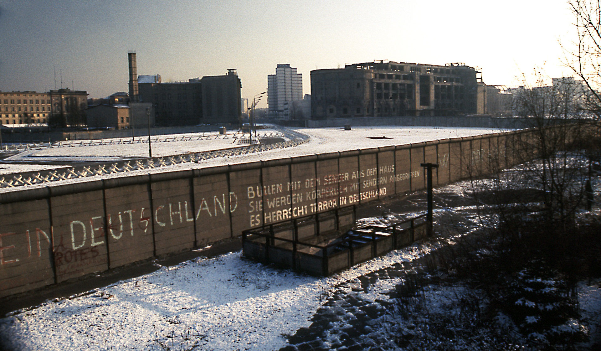 Berlin Wall Potsdamer Platz November 1975